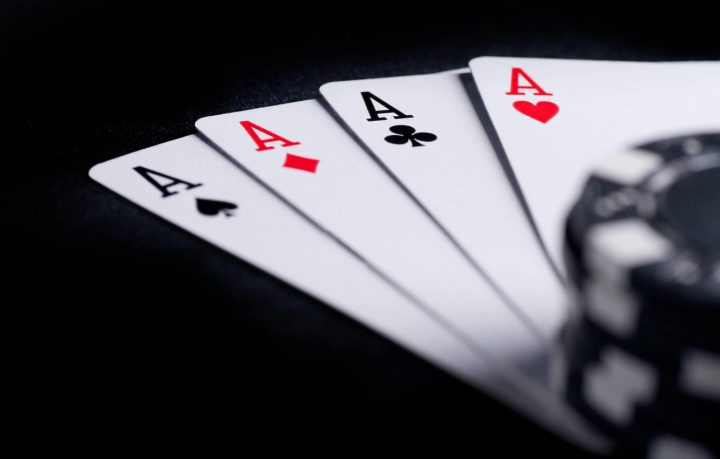 Find Out Precisely How I Enhanced Poker In 2 Days